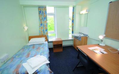 Stamford Hall standard Bedroom